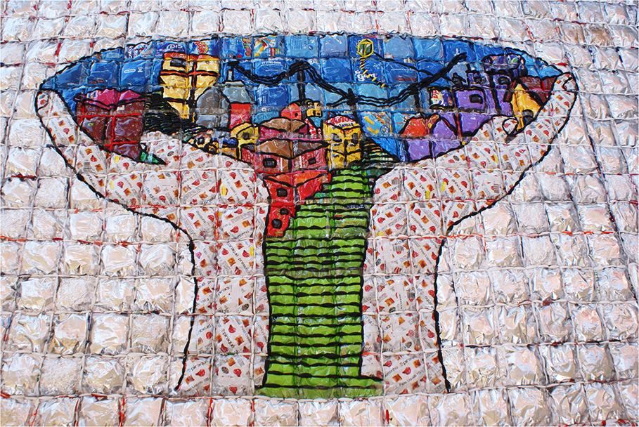 Obra de Marcos Cardoso em colaboração com participantes do Comuniarte