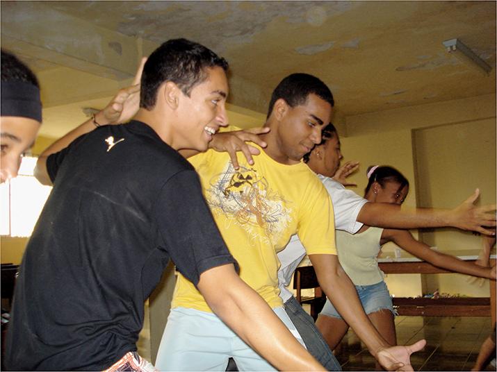Oficina de coreografia com o artista Luiz Mendonça